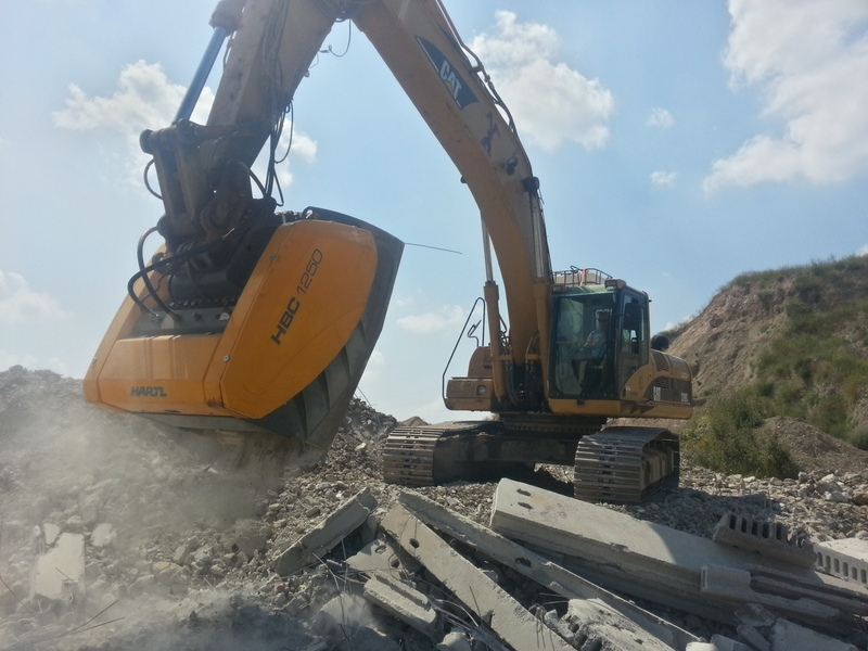 Volvo Skid Steer >> Construction attachments for excavator (bucket, quick ...